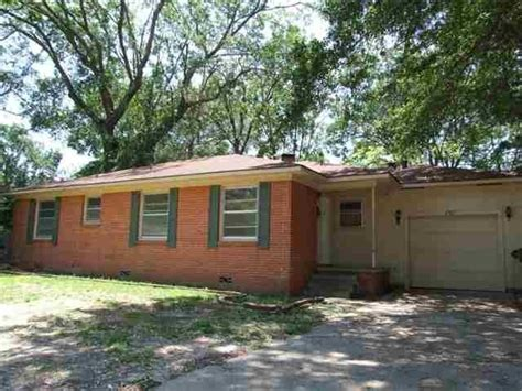 houses for sale tyler tx 2927 rollingwood dr tyler texas 75701 bank foreclosure