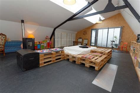 Minimalist Bed Frame Pallet Addicted 30 Bed Frames Made Of Recycled Pallets