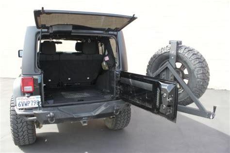 sell   door sport utilit suv   liter   lift   tires  road bumpers