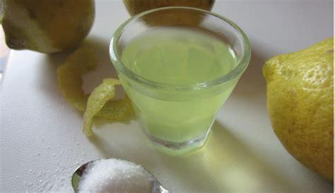 ricetta limoncello in casa limoncello fatto in casa