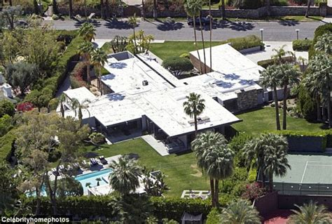 leonardo dicaprio house hollywood hills you can either make history or be vilified by it leo dicaprio lectures un on