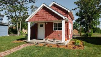 this small house these tiny houses help minimum wage workers become home