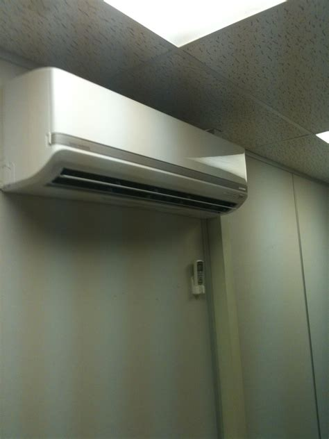 server room air conditioner wall mounted air conditioner for server room buckeyebride