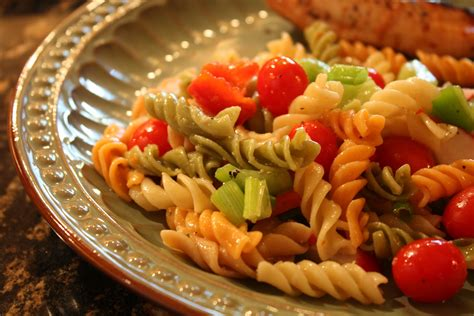 simple pasta salad easy pasta salad recipe wendys hat