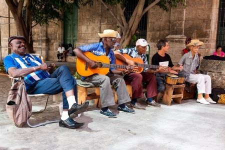 travel guide cuba libre let the cultural history of guide you through the authentic soul of the city cuba best seller volume 2 books travelling to cuba travelex uk