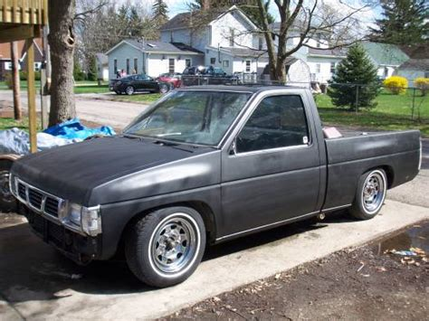 nissan hardbody lowered custom 1995 nissan hardbody 2 500 possible trade