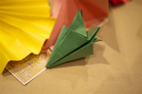 Medium Origami - origami clippix etc educational photos for students and