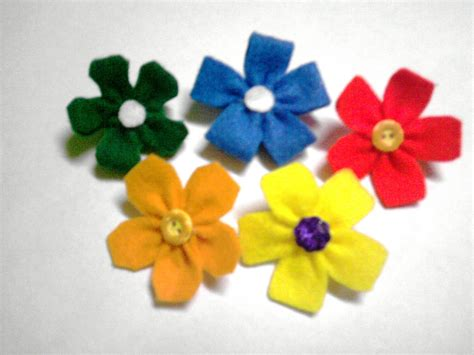 Segi 4 Bunga 2 s petals bunga felt dan spm