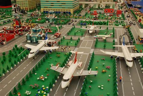 35 Lego Mega Constructions You (Probably) Haven't Seen