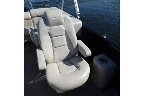 princecraft fishing boat seats 2013 princecraft vogue 25 xt pontoon boat review