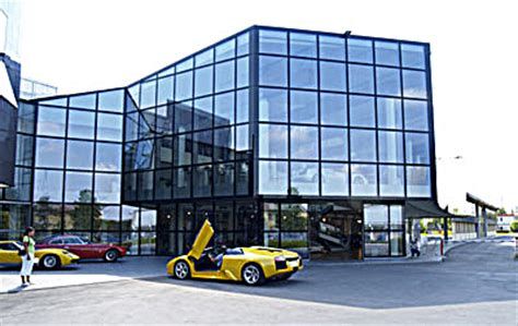 Lamborghini Werk Italien by Lamborghini Modern Cars With A Classic Touch Wired