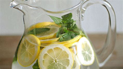 Lemon Lime Mint Detox by 5 Easy And Delicious Detox Waters Recipes To Cleanse Your