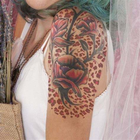 cheetah print tattoos with roses leopard print meanings and creative design ideas