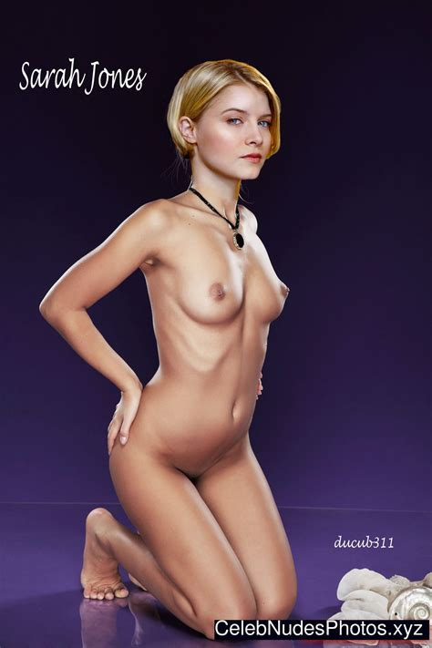 Sarah Jones Fake Nude Celebs Celeb Nudes Photos