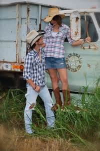 justin maggie country couple