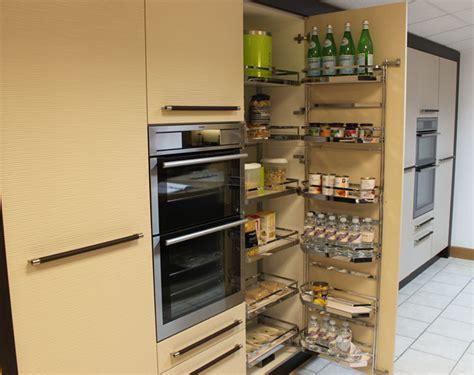 Kraft Kitchen Treats Metris Kitchens Textured Wenge And Textured Sandstone Mix