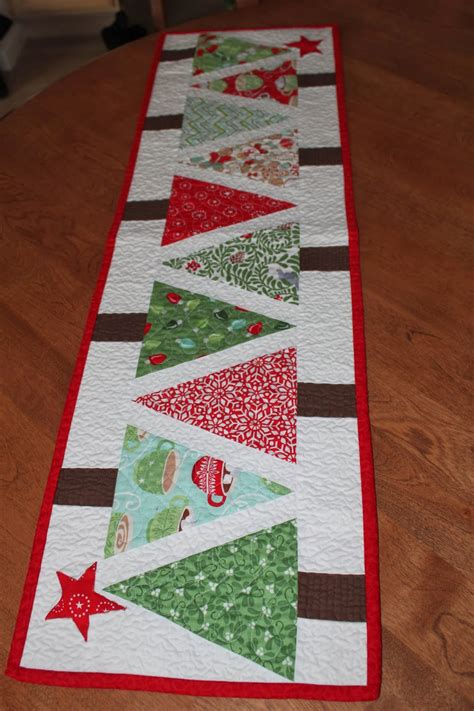 free pattern for christmas tree table runner sea salt quilts christmas table runner