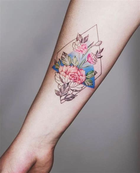 geometric flower tattoo the 25 best geometric flower tattoos ideas on