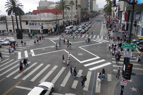 inter section downtown santa monica to get pedestrian scrambles at 11