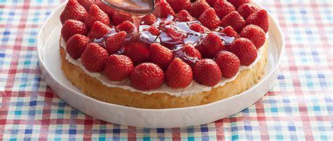 erdbeer biskuit kuchen erdbeer biskuit kuchen rezept beliebte rezepte f 252 r