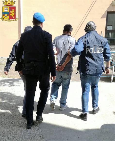 questura di salerno ufficio immigrazione frosinone questura espelle tunisino jihadista la denuncia