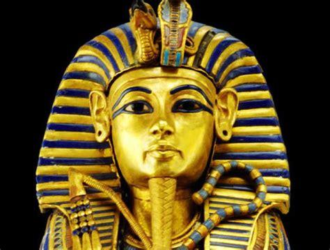 tutankhamun biography facts rumors swirling that king tut s penis was stolen because