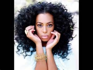 dreamy bouncy curls | solange knowles inspired hairstyle