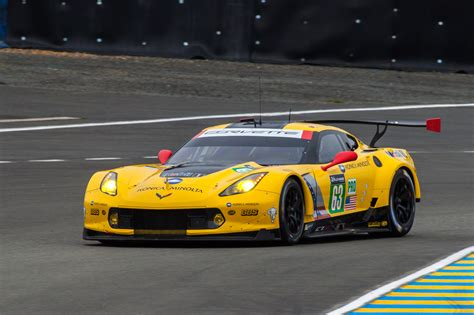 corvette le mans corvette pictures c7 r race cars 24 hours of le mans
