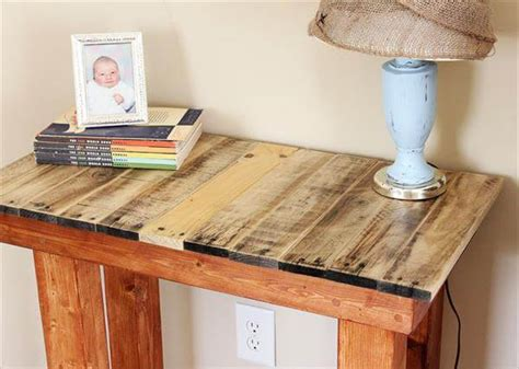 How To Make An Entryway Table From Pallets