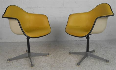 Charles Eames Chair For Sale Design Ideas Pair Charles Eames For Herman Miller Chairs For Sale At 1stdibs