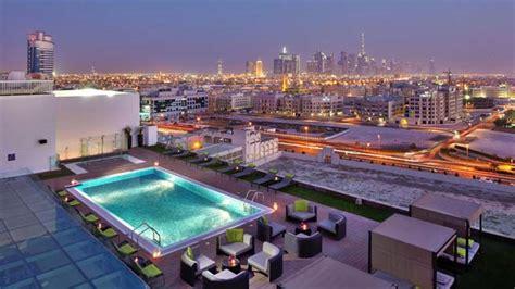 top bars dubai meli 225 hotel rooftop bar in dubai therooftopguide com