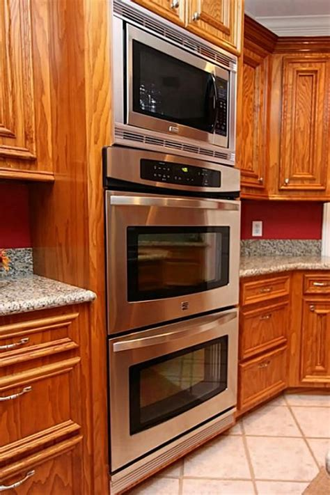 cabinet stacked microwave and oven http img3 terabitz mls hris img 070 604 544 32 jpg