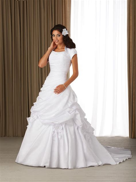 traditional wedding dress dressybridal must traditional gown wedding dresses