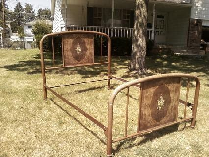 vintage metal bed simmons antique metal bed frame bedroom pinterest