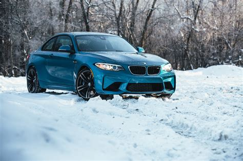 seasons  bmw  introduction automobile magazine