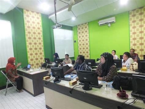 Staff Administrasi Perkantoran lpmp papua mengikuti pelatihan bidang teknologi informasi