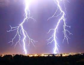 Of Lightning Positive Lightning Strikes Intensify As Cosmic Rays