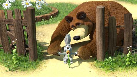 wallpaper bergerak masha and the bear wallpaper masha and the bear cartoons