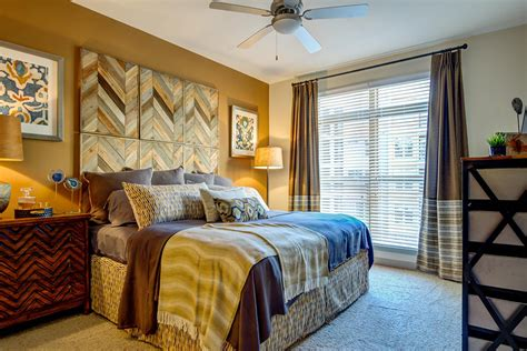 Room For Rent Nashville by How To Get An Apartment In Nyc And Other Top Cities Real