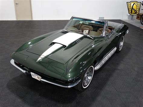 corvette stingray green 1967 chevrolet corvette stingray 1200 miles dark green