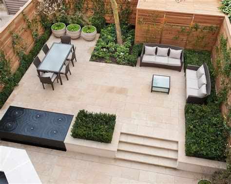 Patio Design Tips 1000 Ideas About Small Courtyard Gardens On