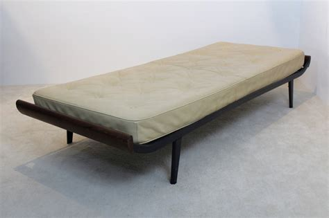 Mattress For Daybed Vintage Cleopatra Daybed With Leather Mattress By Cordemeijer For Auping For Sale At Pamono