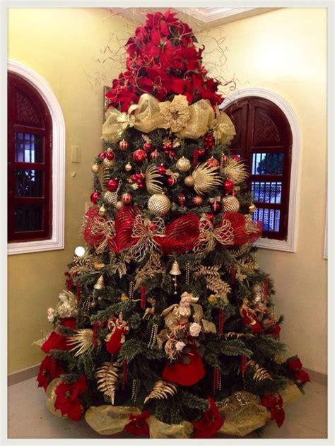 decoracion rojo y dorado arboles de navidad rojo y dorado christmas holidays