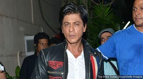 film terbaru srk ini alasan konyol shahrukh khan saat terima tawaran peran