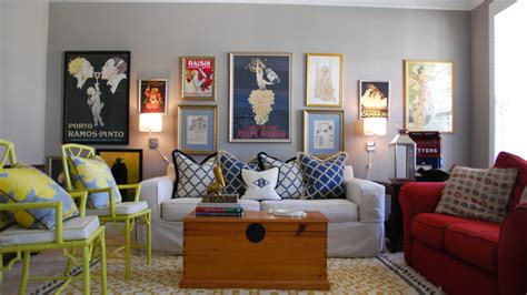 tips for arranging a gallery wall home