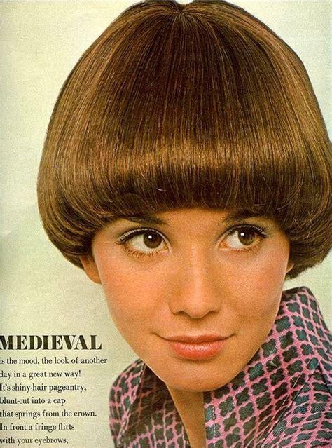 hairdo in 1969 the bloomin couch bobbidy bobby bob