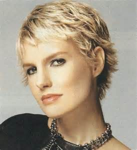 forward cut curly shag hairstyles 25 best ideas about short shaggy hairstyles on pinterest