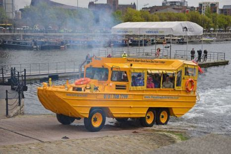 boat ride liverpool queen makes a splash riding duck boat in liverpool on