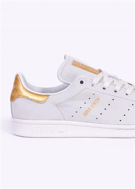 Adidas Original 24 adidas originals footwear stan smith gold leaf 24 karat vintage white adidas originals