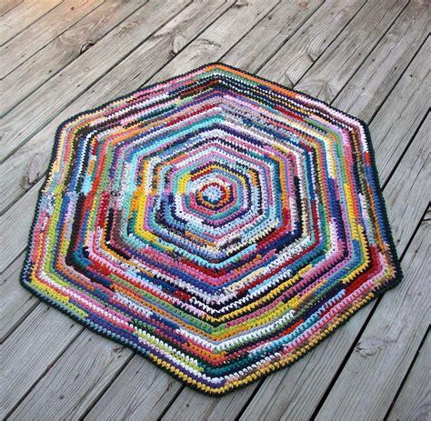 Hexagon Crochet Rug Pattern debs crochet crochet today hexagon rag rug